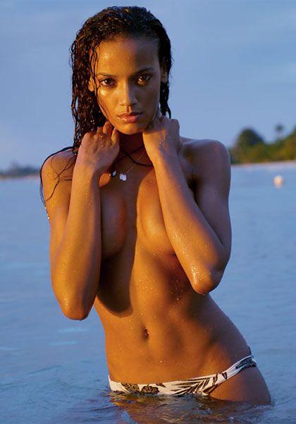 Selita Ebanks - 15